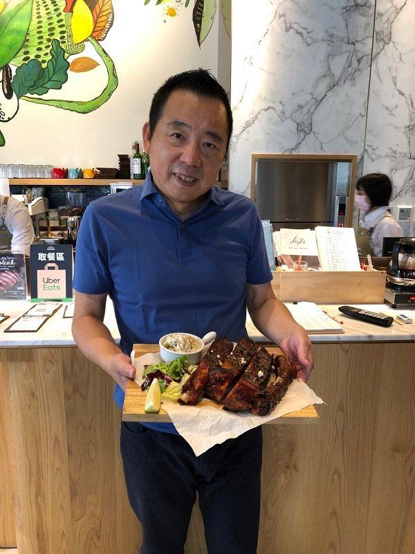 安卓餐飲董事長劉偉傑。 蔣佳璘/攝影