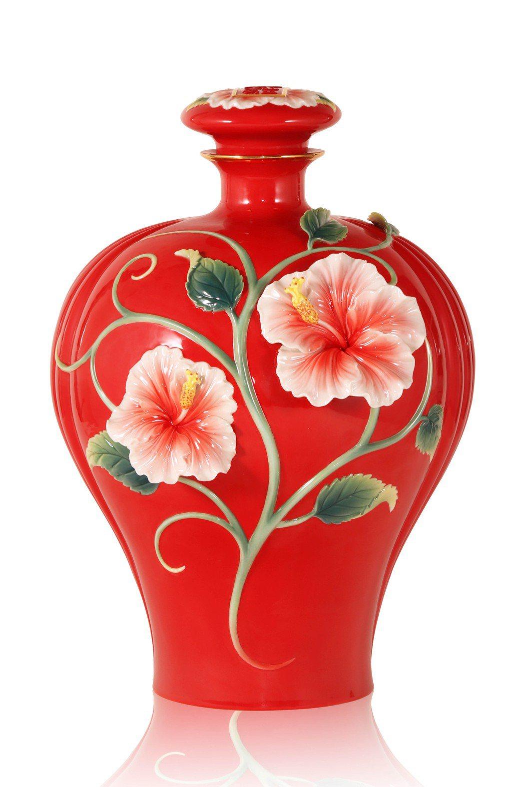 FZ03884 旺富木槿花-女兒紅酒瓶,建議售價66688元。FRANZ/提供