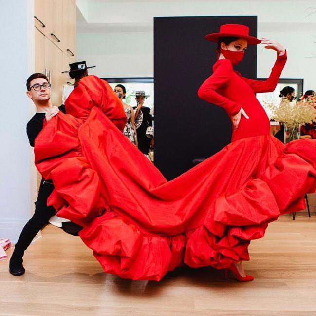 設計師Christian Siriano邀請可愛搞怪的超模Coco Rocha出...