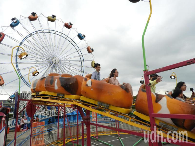 JETS歐美主題嘉年華明天於桃園高鐵站前廣場開幕。記者高宇震/攝影