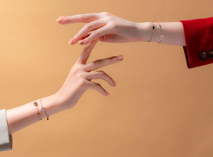 Qeelin推出以中文「小Q」為諧音的Xiao Q手鍊系列,展現高度的搭配組合與...