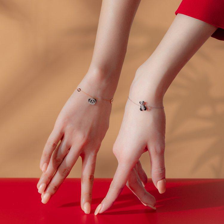 搭配上品牌同系列的Wulu、Yu Yi或Bo Bo之後,Xiao Q系列即刻展現...