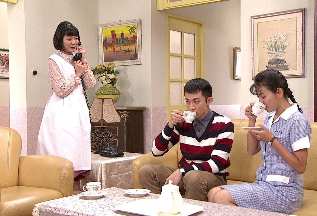 林雨宣(左起)在劇中愛上曾子益。圖/台視提供