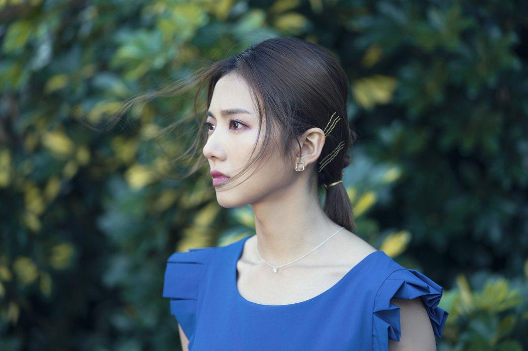 蔡黃汝演出「腦波小姐」。圖/麗象影業提供
