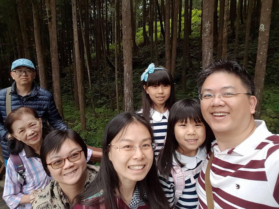 三前年的母親節,全家出遊慶祝。 圖/張瓊齡提供