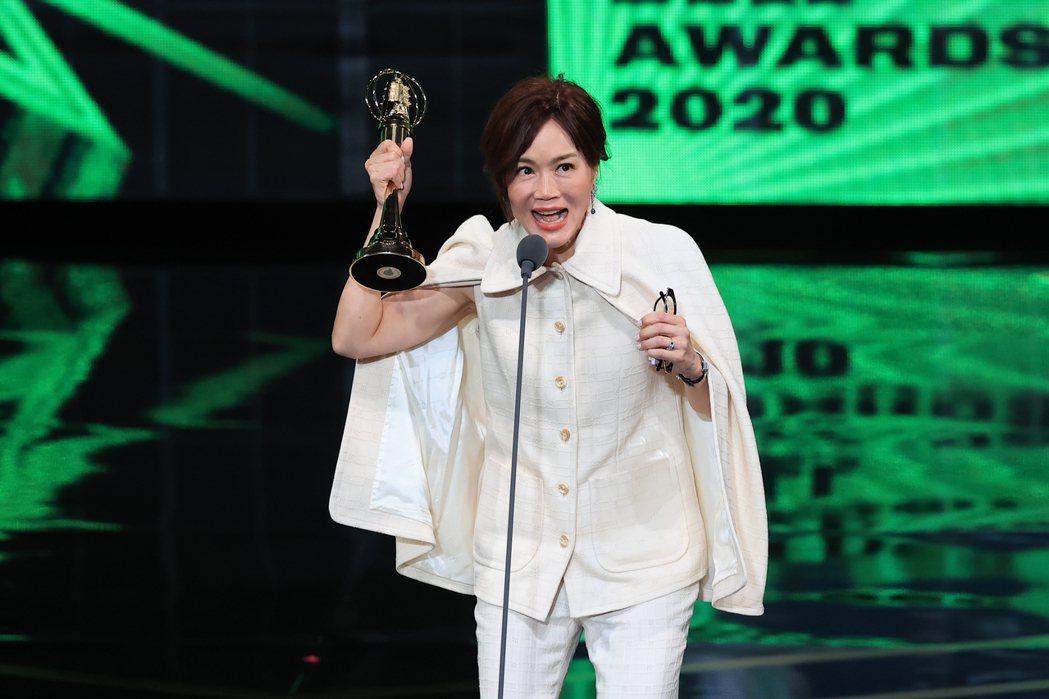 第55屆金鐘獎頒獎典禮在國父紀念館舉行,生活風格節目主持人獎由高怡平獲得。記者林