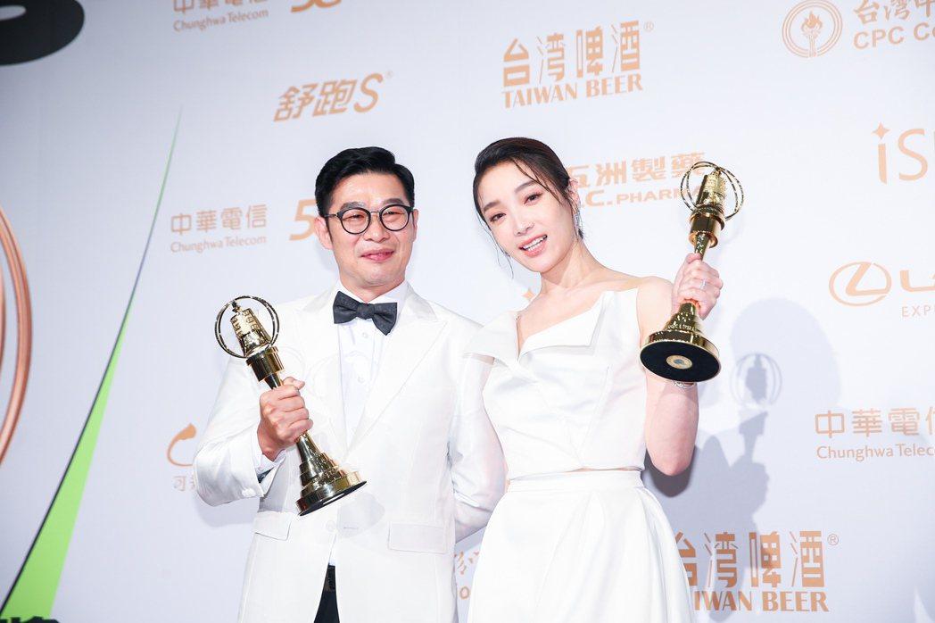第55屆金鐘獎頒獎典禮在國父紀念館舉行,戲劇節目男配角獎由馬力歐(左)以「國際橋...