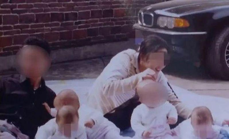 在外人眼中,四胞胎是典型的含著金湯匙出生的孩子。圖/澎湃新聞