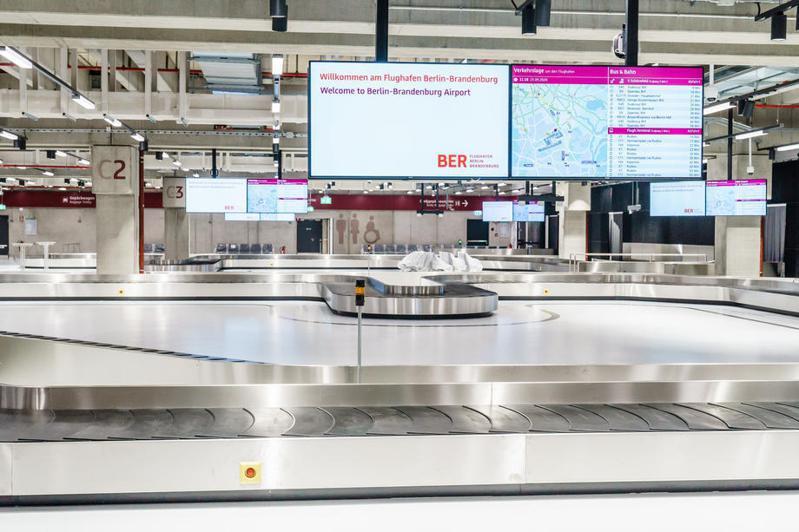 德國今天對捷克等國發布旅遊警示,總計歐盟的27國當中有過半被列入風險區。示意圖為德國柏林機場。 圖/歐新社