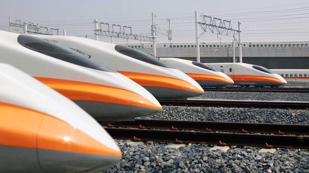 交通部於2015年主導台灣高鐵進行財務改革方案,實質掌控台灣高鐵經營權迄今五年多...