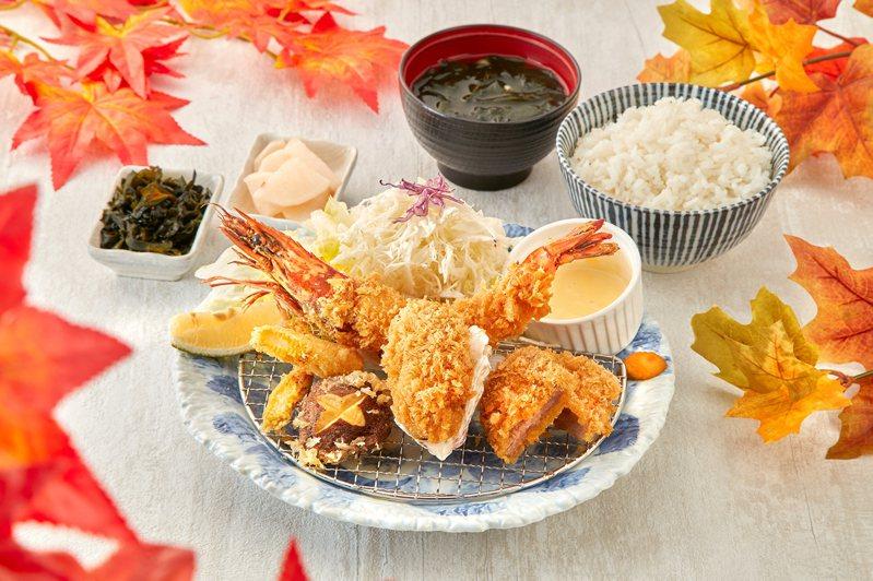 銀座杏子日式豬排今年秋天再推有蝦中之王美名的「軟殼蝦盛合」,搭配肥美炸牡蠣、腰內豬排與當季時蔬。圖/銀座杏子日式豬排提供