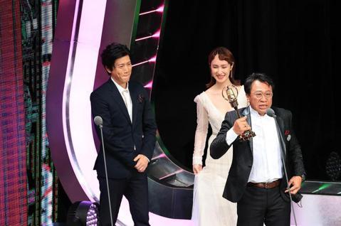 第55屆金鐘獎頒獎典禮在國父紀念館舉行,迷你劇集電視電影男配角獎由游安順獲得。