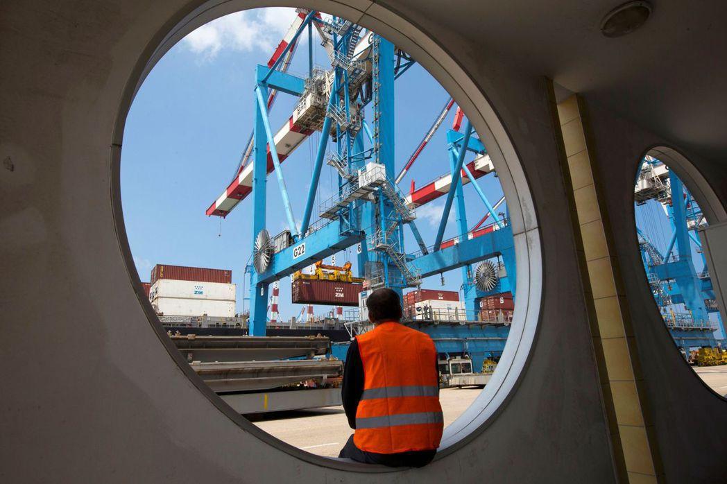 全球貿易連續第二個月強勁成長。(路透)