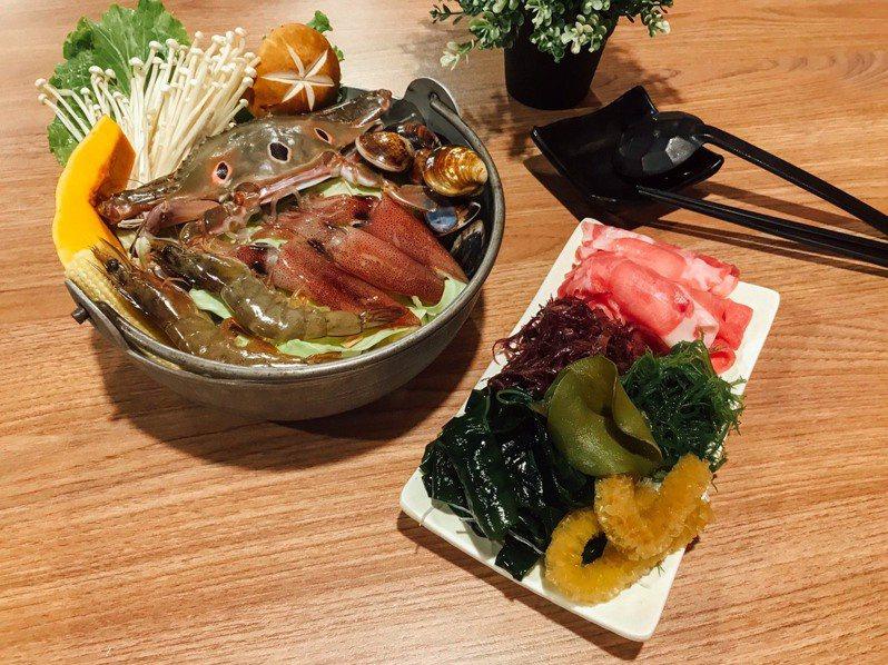 藻樂趣餐廳推出的「藻~蟹老闆」料理,用海藻搭配蝦、蟹、小卷海鮮,贏得今年基隆漁夫鍋冠軍。圖/藻樂趣創意美食提供