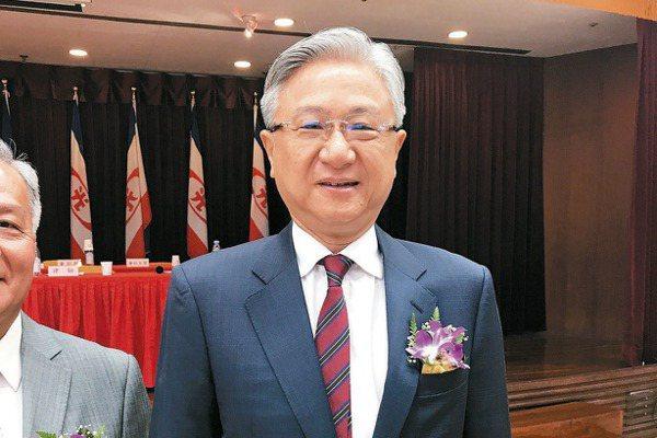 新纖董事長吳東昇(本報系資料庫)