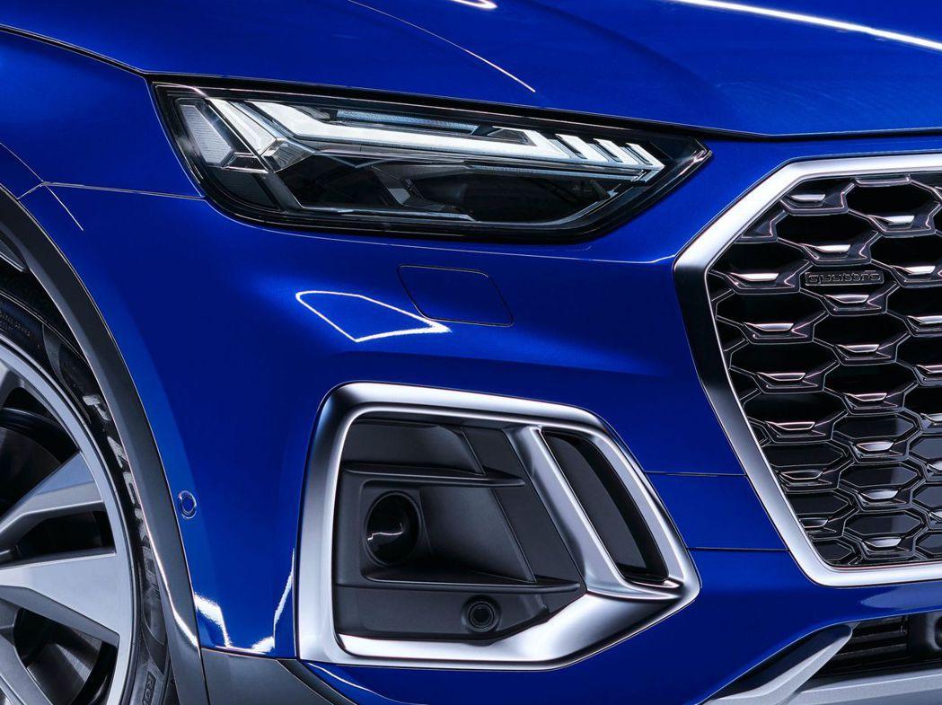 標配LED頭燈,可選配升級Matrix矩陣式頭燈組。 摘自Audi