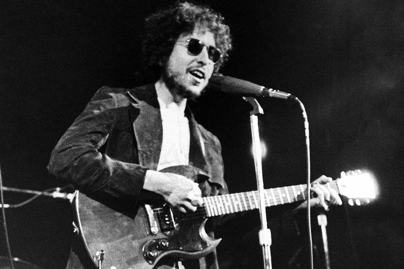 回溯70年代,余光中赴美讀書,美國搖滾樂震撼了他。圖為鮑伯狄倫,攝於1972年。 圖/美聯社