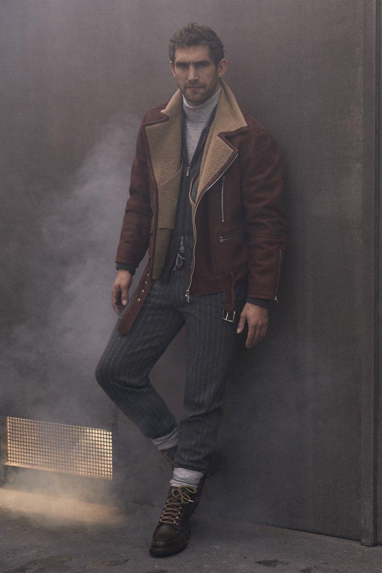 男裝方面則有抽繩西裝褲和雙面穿夾克,更具休閒舒適度。圖/Brunello Cuc...