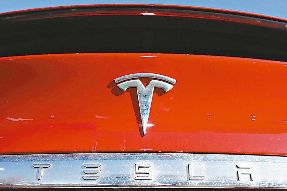 美國電動車大廠特斯拉有意入股樂金化學電池事業。 美聯社
