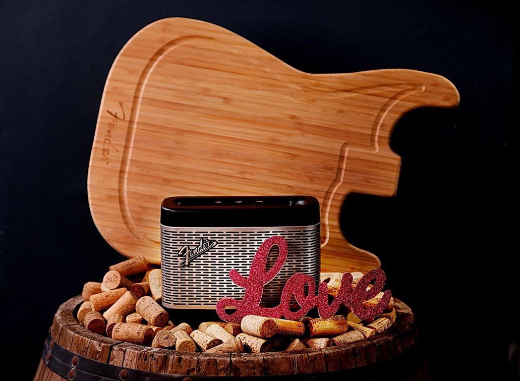 中秋檔期PChome24購買Fender Newport藍芽喇叭,贈送原廠經典吉...