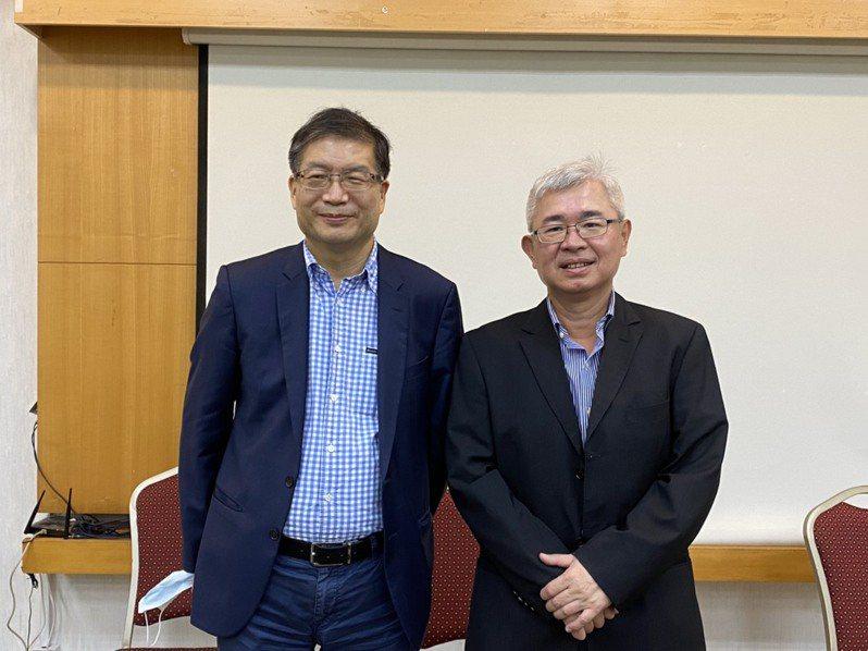 圖為祥碩股東會,左為董事長沈振來、右為總經理林哲偉。記者李孟珊攝影/報系資料照
