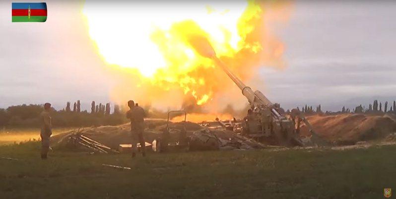 亞美尼亞外交部廿九日說,該國一架蘇聯製蘇愷-25戰機在亞美尼亞領空,被土耳其的F-16戰機擊落。 (歐新社)