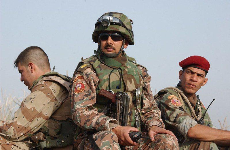 美國外交人員將撤離伊拉克,外界擔心這讓伊拉克成為美、伊衝突的戰場。(Photo by The U.S. Army on Flickr under Attribution 2.0 Generic)