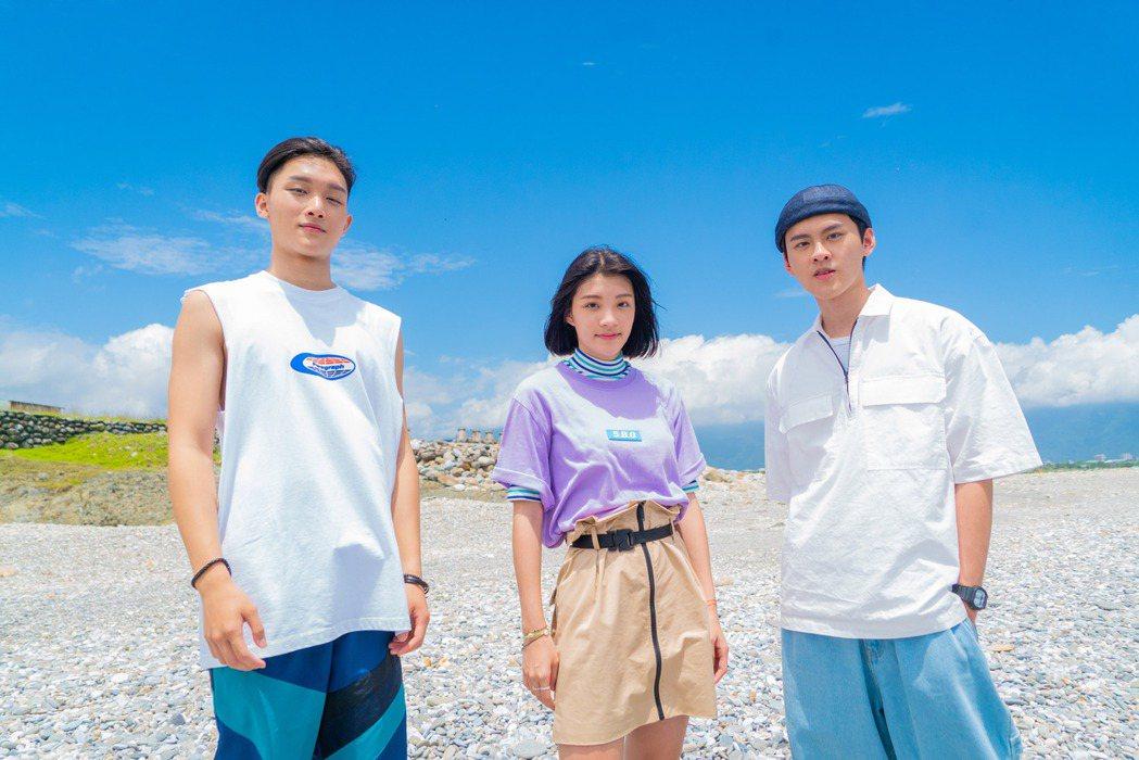 饒舌團體「沒有才能」回家鄉花蓮拍攝MV。圖/華研國際提供