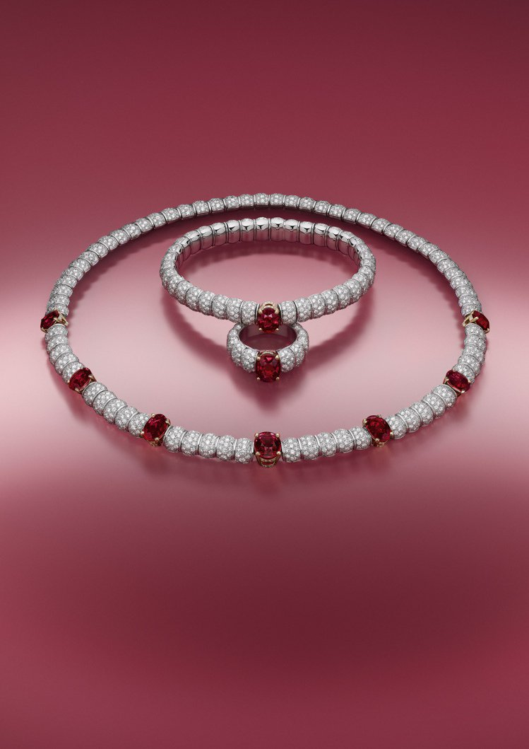 Stellar Times高級珠寶系列Astre Rouge紅寶石鑽石項鍊與手環...