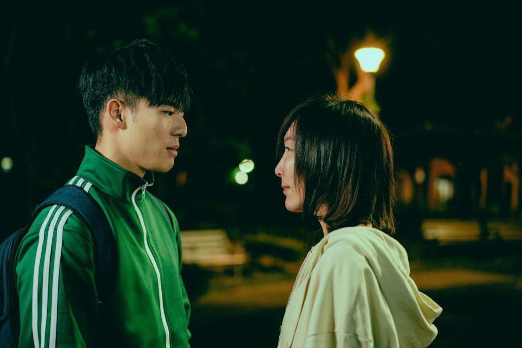 李宓的微電影「被討厭的勇氣」,邀來陳昊森(左)演出她的死對頭。圖/畢獅國際娛樂