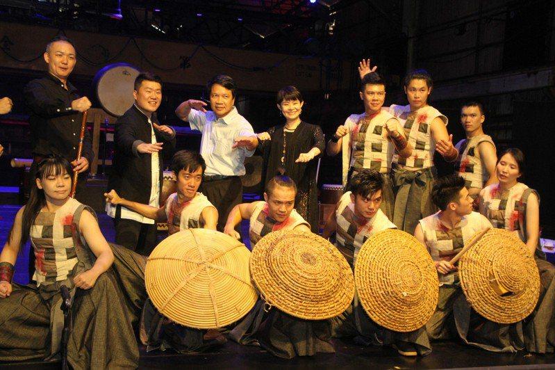 十鼓擊樂團創團20年,配合台南藝術節推出新作島嶼傳說。記者周宗禎/攝影