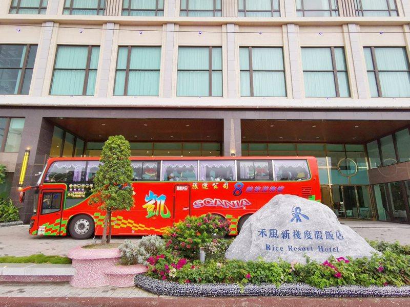 中秋四天連假前兩天,台東各飯店都客滿,連今天非假日,台東一樣有不少遊客。記者羅紹平/攝影