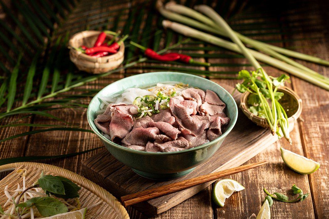 傳統生牛肉河粉,每碗168元。圖/豆府集團提供
