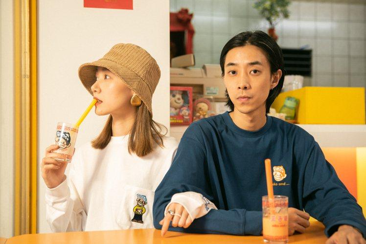 nico and...王子麵系列聯名T恤1,290元。圖/双木林提供
