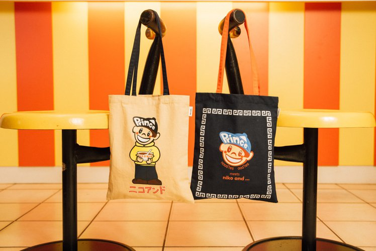 nico and...王子麵系列聯名T恤620元。圖/双木林提供