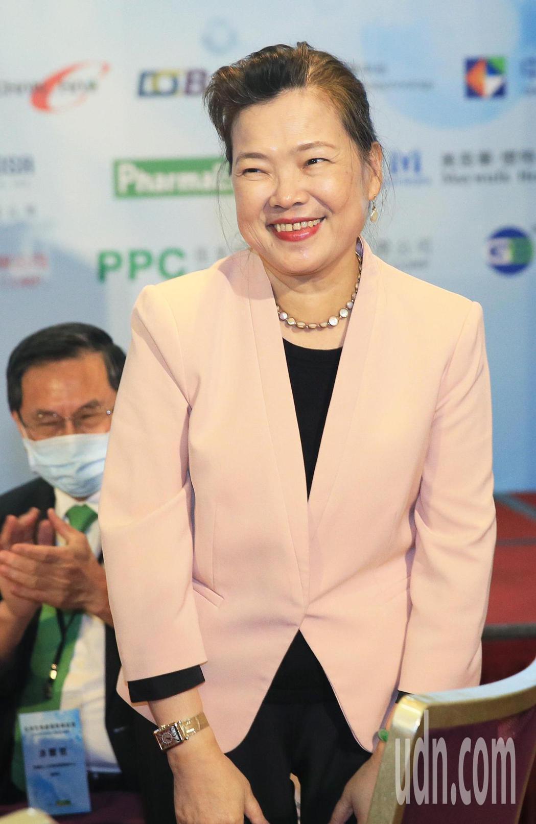 經濟部長王美花晚上出席台灣生物產業協會會員大會。記者潘俊宏/攝影