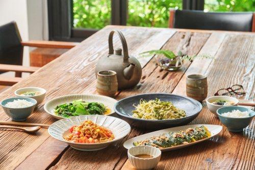 挑選有機生鮮食材、高優質油品、鹽品、醱酵保存食的對味組合,就能讓美味加分。 圖/...