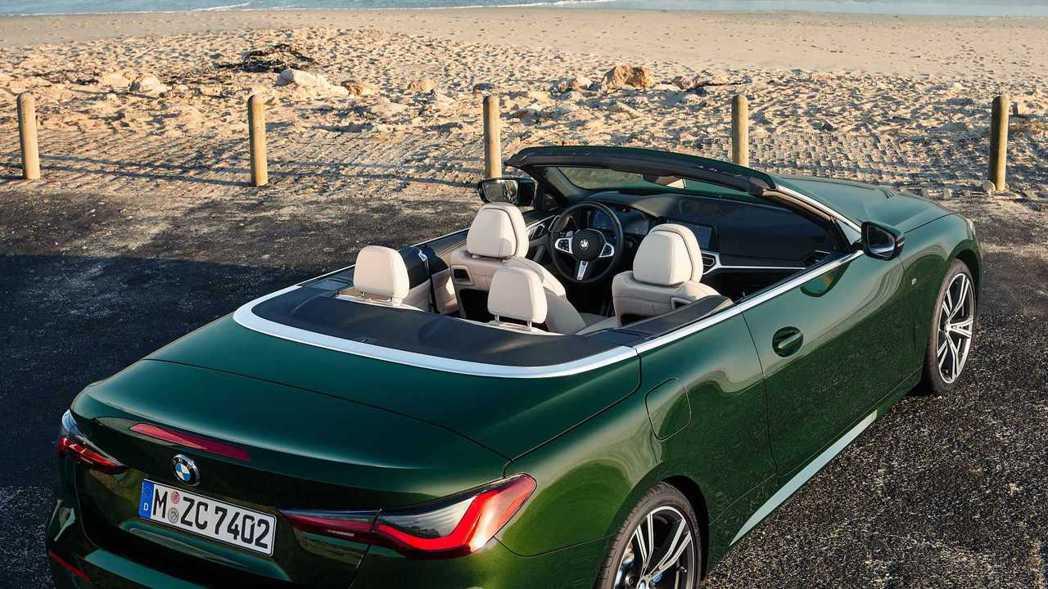 新世代BMW 4 Series Convertible (G23) 為2+2配置...
