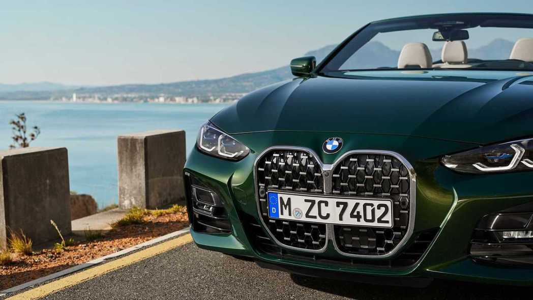 新世代BMW 4 Series Convertible (G23) 也與Coup...