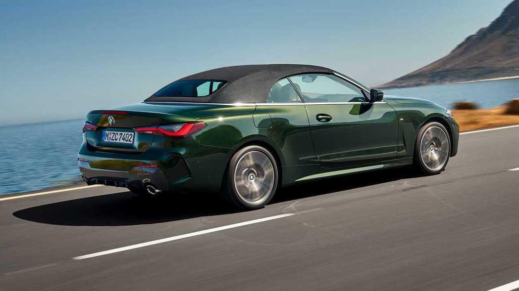 新世代BMW 4 Series Convertible (G23) 改採軟頂敞篷...