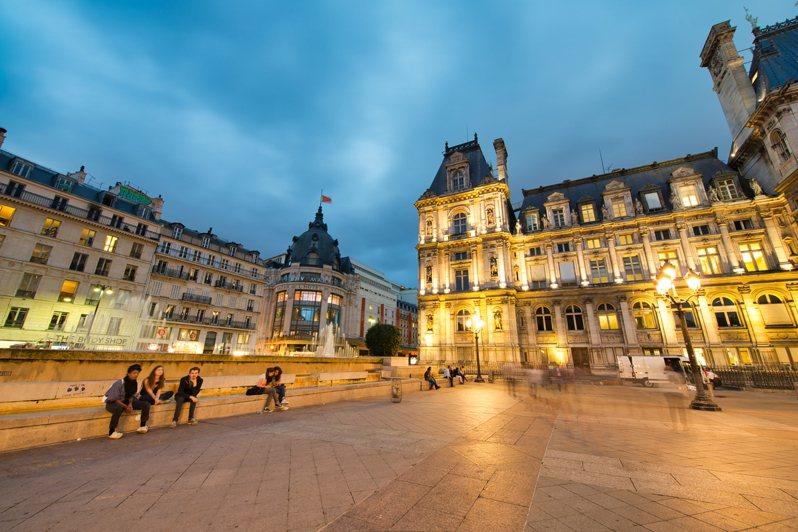 法國巴黎第七區在當地時間30日12時許,傳出巨大爆炸聲響,許多當地網友紛紛在推特上表示,「整個房子都在晃」、「我也聽到爆炸聲了」。示意圖,非新聞當事照。圖/Ingimage