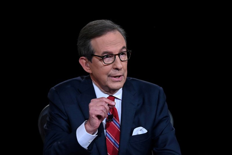 在9月29日晚間的美國總統大選首場辯論會上,主持人華勒斯因難以控制美國總統川普和民主黨候選人拜登的激烈辯論而受到批評。 路透社