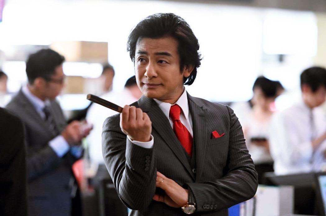 2020版一口氣有4位歌舞伎演員參演,包括第一季就有的香川照之(飾演大和田)、片...