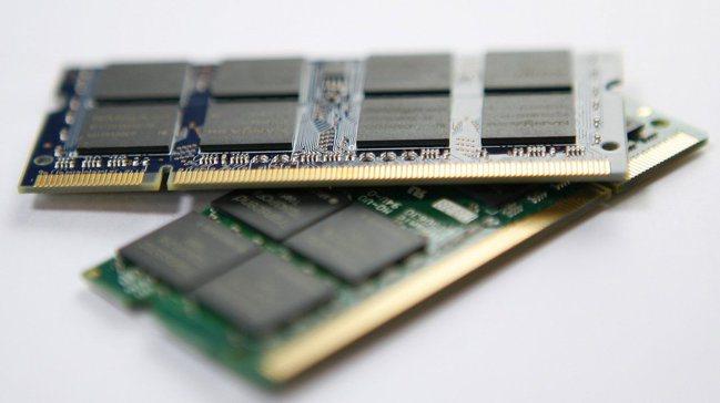 美光預期DRAM明年需求成長約20%,但NAND快閃記憶體可能出現供過於求的情況...