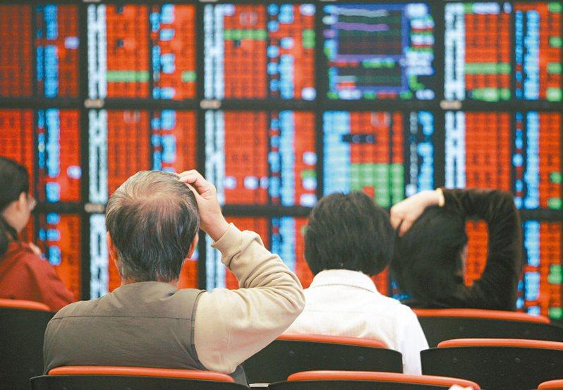 本週台股收在12515.61點,較上週上漲282.7點,漲幅約2.31%。上市公司總市值新台幣38兆1129.07億元,較上週增加8553.12億元,增幅約2.30%。 本報系資料庫