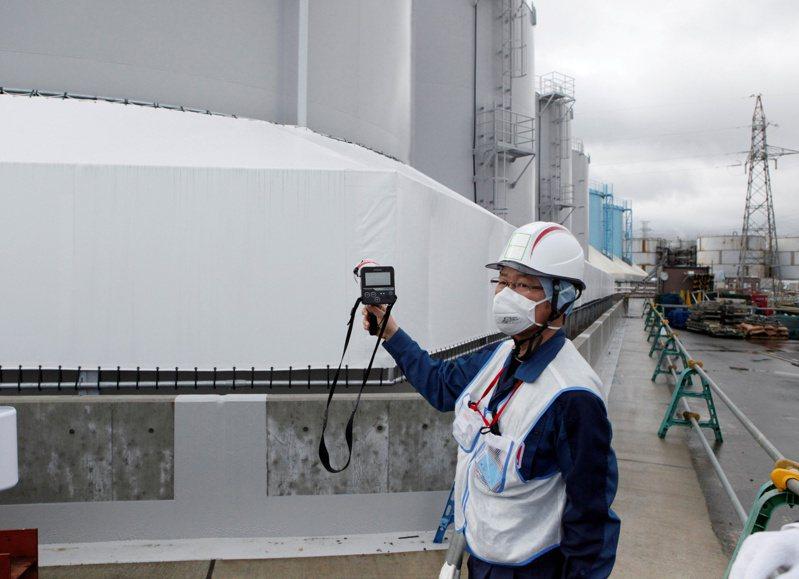 日本仙台高等法院今天對2011年311福島核災做出二審判決,認定日本政府與東京電力公司明知有海嘯危險卻未做好防災,應賠償福島縣等地的周遭居民約3600人,金額約10億日圓。 路透社