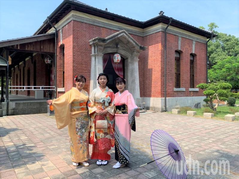 台南麻豆總爺藝文中心4棟百年建築市定古蹟,日洋混和風,很適合穿和服拍照。記者吳淑玲/攝影