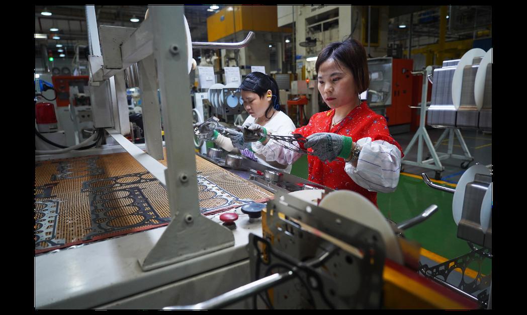 圖為位於江西南昌經濟技術開發區的發動機配件廠。新華社