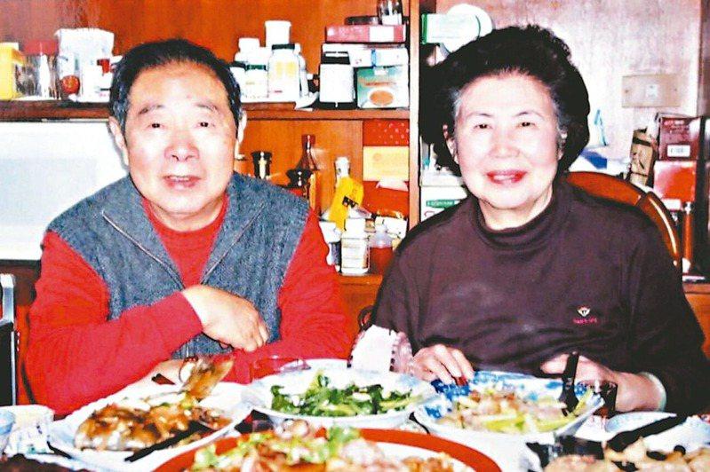 汪中先生與夫人。(圖/葉國威提供)