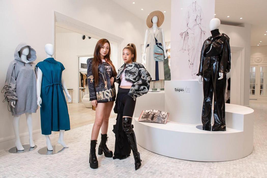 吳映潔(右)與吳卓源今天出席「台北時裝週」設計師限定店開幕記者會。圖/Vogue